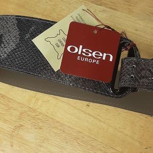 Olsen Europe leather belt nwt